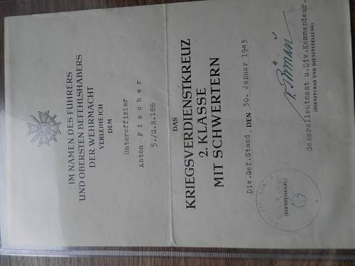 9 documents of one soldier