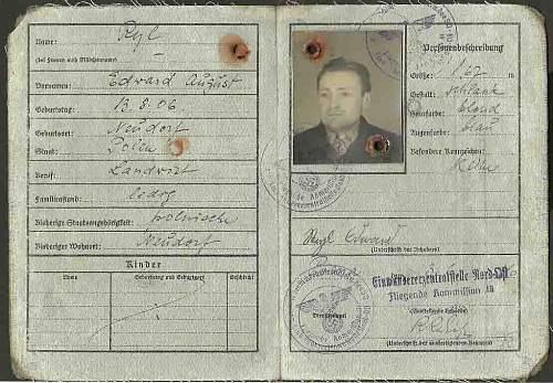 Click image for larger version.  Name:Ruckkehrer Ausweis 1940.  Pirna (Dresden).jpg.jpg Views:147 Size:176.3 KB ID:123820