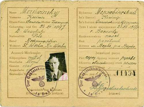 Click image for larger version.  Name:Dubno ausweis 1942.jpg Views:484 Size:81.6 KB ID:128493