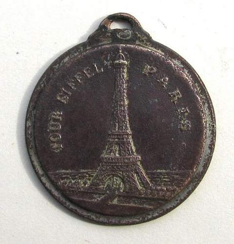 medal issued for the entering of Paris??