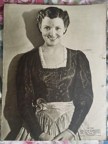 Click image for larger version.  Name:Illustrierter Film-Kurier Nr.3184 (rear).jpg Views:121 Size:251.7 KB ID:293545
