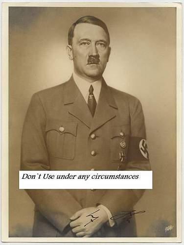 Hitler signature, help?