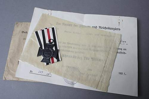 Docs and photos to an Honor Cross recpient