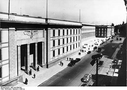 Click image for larger version.  Name:Reich Chancellery 1940.jpg Views:339 Size:73.5 KB ID:397005