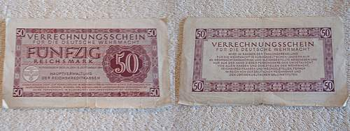 Some money notes, good condition