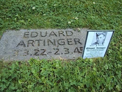 Click image for larger version.  Name:Eduard Artinger 1.jpg Views:82 Size:244.4 KB ID:436496