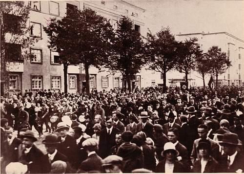Click image for larger version.  Name:SA Wilhelm-Strasse.jpg Views:150 Size:325.3 KB ID:443989