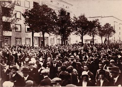 Click image for larger version.  Name:SA Wilhelm-Strasse.jpg Views:96 Size:325.3 KB ID:443989