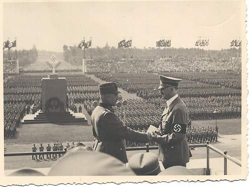 Is this Adolf Hitler and Hierl (arbeitsdienst leader)