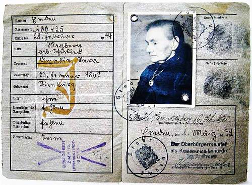 Click image for larger version.  Name:Passed away in Lodz Ghetto 1.1.42.jpg Views:7758 Size:287.5 KB ID:56811