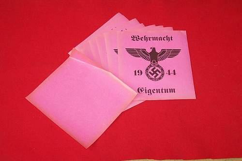 Wehrmacht Eigentum- paper tags