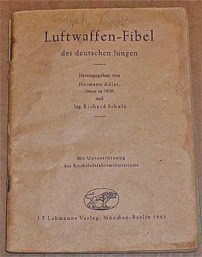 Book: Luftwaffen-Fibel des deutschen Jungen; 1943?