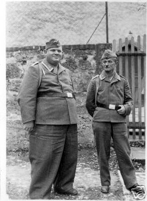 Name:  funny-photos-german-soldiers-second-world-war-russian-front-014.jpg Views: 3055 Size:  24.8 KB