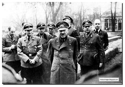 Click image for larger version.  Name:hitler-1945-last-picture.jpg Views:29015 Size:108.5 KB ID:600249