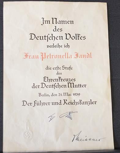 Mutterkreuz Erste Stufe award document