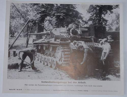 Click image for larger version.  Name:Instandsetzungsstruppe bei der Arbeit 14-8-1941.JPG Views:106 Size:75.5 KB ID:644908