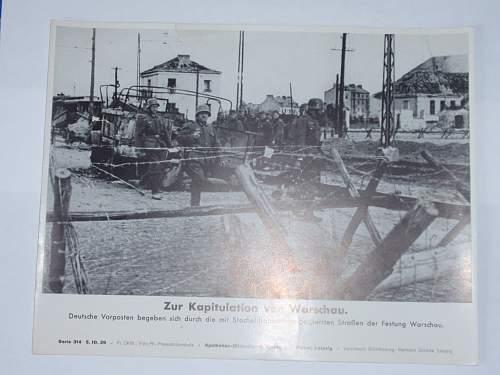Click image for larger version.  Name:Zur Kapitulation von Warschau 9-10-1939.jpg Views:123 Size:196.4 KB ID:644913