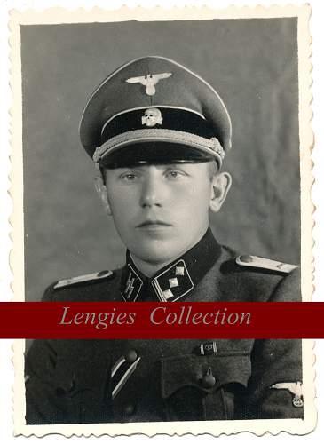 Click image for larger version.  Name:obersturmfuhrer foncée.jpg Views:957 Size:110.0 KB ID:655833