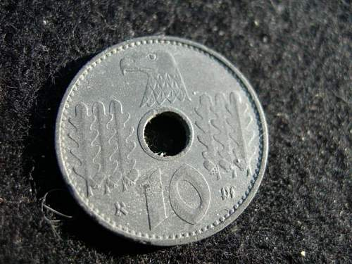 Click image for larger version.  Name:nazi10pfA.JPG Views:30 Size:74.6 KB ID:692058