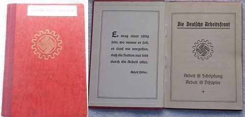 Click image for larger version.  Name:Die Deutsche Arbeitsfront Mitgleidsbuch 1 Januar 1935.jpg Views:142 Size:223.6 KB ID:767348