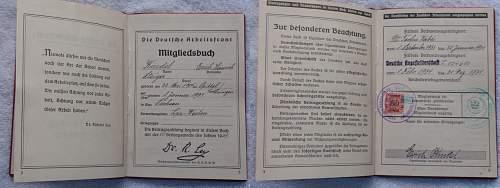 Click image for larger version.  Name:Die Deutsche Arbeitsfront Mitgleidsbuch 1 Januar 1935_1.jpg Views:107 Size:242.0 KB ID:767350