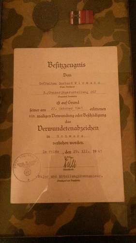 1941 dated wound badge document translation help