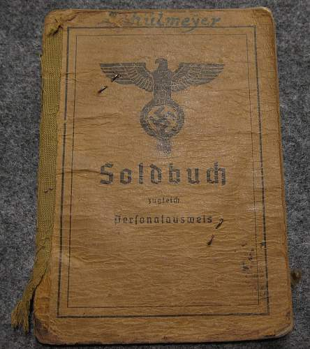 Click image for larger version.  Name:soldbuch_1.jpg Views:13 Size:294.1 KB ID:869584