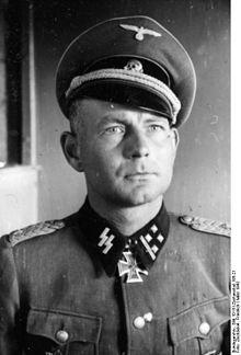 Name:  Bundesarchiv_Bild_101III-Zschaeckel-195-21,_Otto_Kumm.jpg Views: 262 Size:  13.9 KB