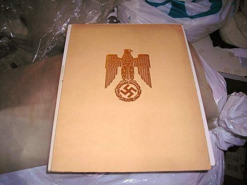 Click image for larger version.  Name:Hitler signature cover page resized.jpg Views:405 Size:155.1 KB ID:97323