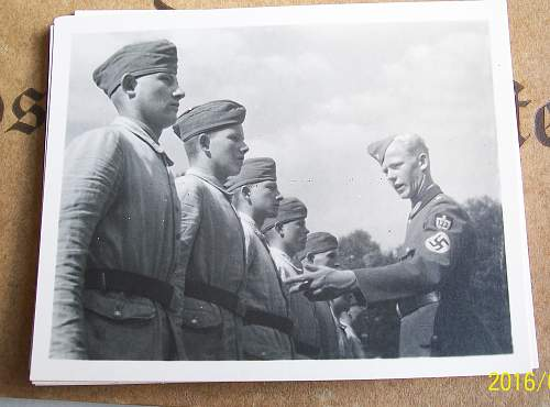 The Arbeitsfuhrer and his unit
