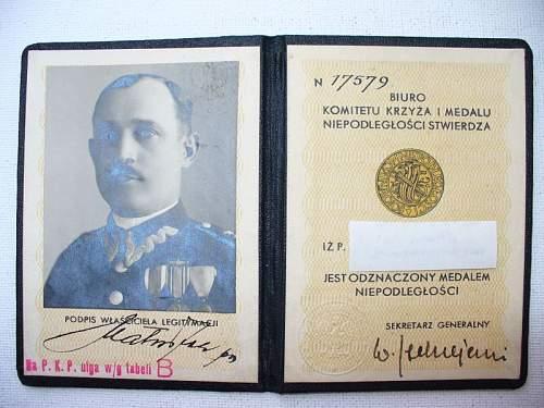 Click image for larger version.  Name:medal niepodległości legitymacja 1.jpg Views:105 Size:108.7 KB ID:103118