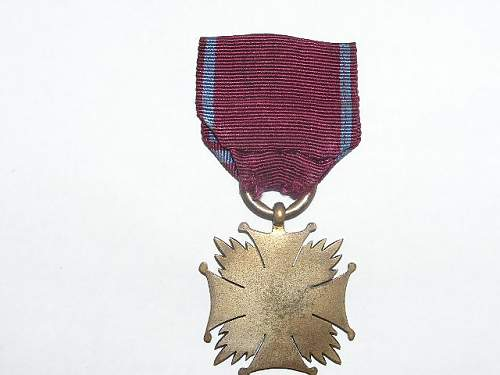 Click image for larger version.  Name:srebrny krzyż zasługi-1923 4.jpg Views:60 Size:59.0 KB ID:103150