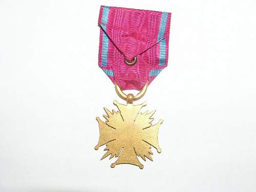 Click image for larger version.  Name:Złoty Krzyż Zasługi-1923 4.jpg Views:54 Size:53.8 KB ID:103154