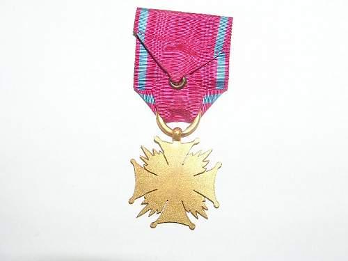 Click image for larger version.  Name:Złoty Krzyż Zasługi-1923 4.jpg Views:62 Size:53.8 KB ID:103154