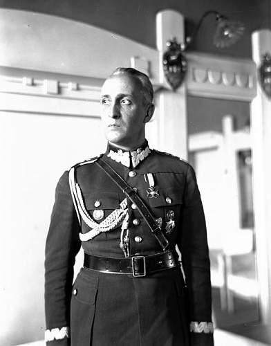 Click image for larger version.  Name:1931 Gen Gustaw Orlicz Dreszer.jpg Views:511 Size:76.3 KB ID:117816