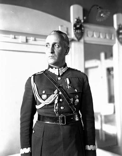 Click image for larger version.  Name:1931 Gen Gustaw Orlicz Dreszer.jpg Views:595 Size:76.3 KB ID:117816
