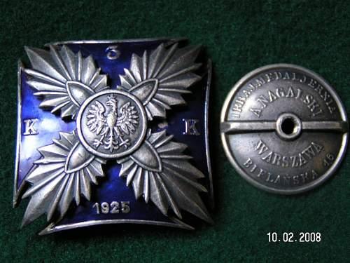 Click image for larger version.  Name:Odznaki Wojskowe II RP 011.jpg Views:293 Size:127.4 KB ID:128708