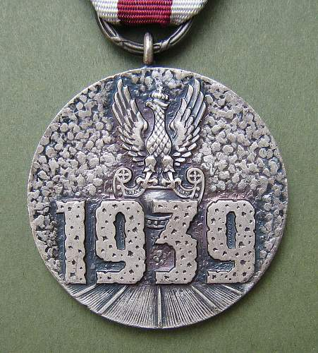 Click image for larger version.  Name:Sept 39 Campaign Medal 007.jpg Views:238 Size:258.8 KB ID:131357