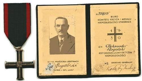 Click image for larger version.  Name:Cross of Independence & Award Booklet Aleksander Rogalski resize.JPG Views:98 Size:73.3 KB ID:165705