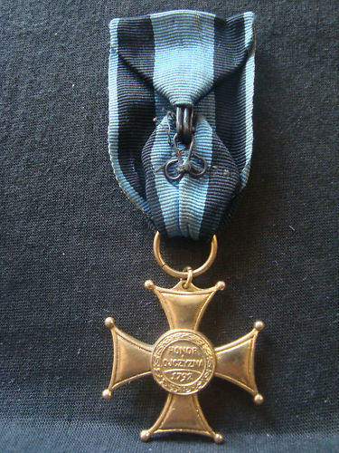 Polish pre-war/exile medals/cross`s thread!