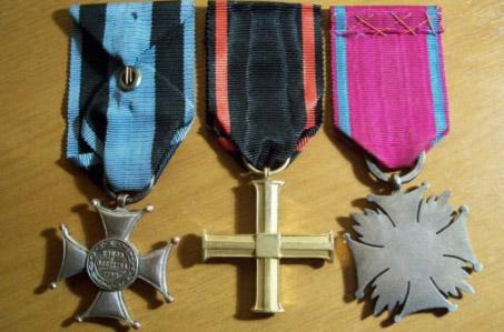 Genuine Virtuti Militari and 2 others???