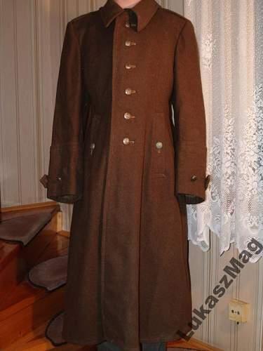 Pre-War Polish Officer's Greatcoat ?