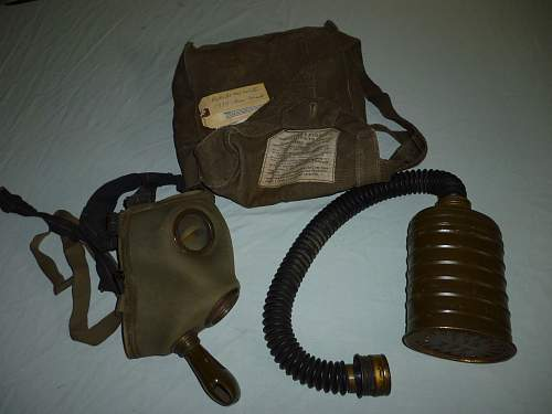 Click image for larger version.  Name:Polish WW2 Gas Mask.jpg Views:1535 Size:248.6 KB ID:280407