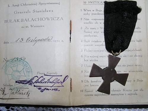 Click image for larger version.  Name:Krzyż Bałachowicza z legitymacją-2-RP  b.jpg Views:75 Size:71.4 KB ID:289926