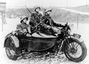 Name:  Sokol 1000 with sidecar and rkm wz.28 (photo).jpg Views: 5058 Size:  22.9 KB