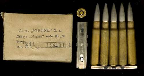 Click image for larger version.  Name:Z.A. Posick S.A. S  wz.98  box and ammo polandzapsasc.jpg Views:538 Size:52.0 KB ID:357021