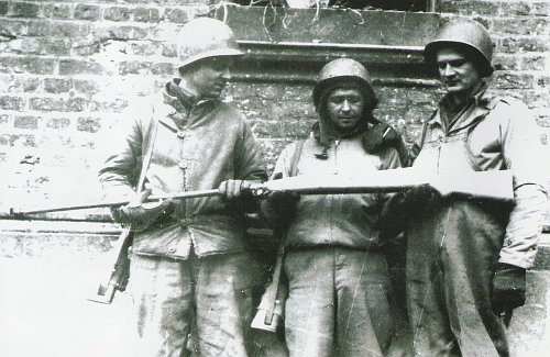 Name:  wz.35 AT captured by American soldiers.jpg Views: 6733 Size:  56.9 KB