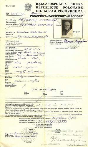 Click image for larger version.  Name:1942 Pol.Temporary passport.-     KAZAKHSTAN.1.jpg Views:699 Size:240.6 KB ID:407875