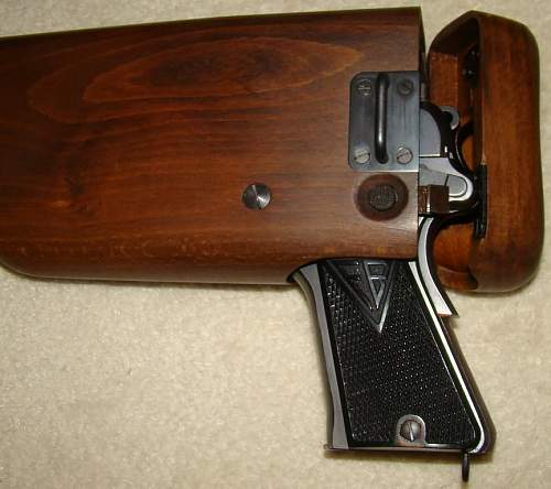 Click image for larger version.  Name:Vis 35 replica shoulder stock side with pistol.jpg Views:1444 Size:88.0 KB ID:417493