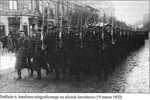 Click image for larger version.  Name:Polish soldiers with Lebel rifles.jpg Views:101 Size:224.4 KB ID:445279
